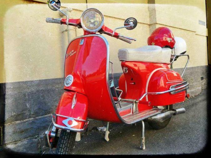 Vintage Vespa, Melbourne.jpg